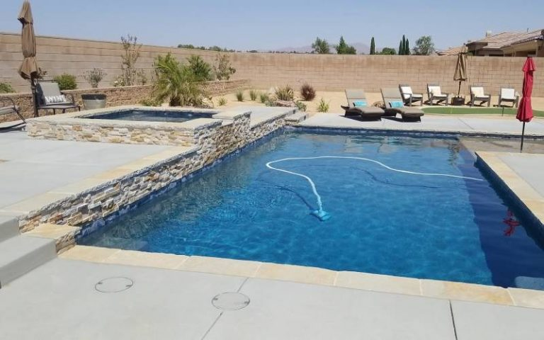 square pool with spa