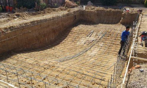 installing rebar for a new build pool- SilverRock Pools